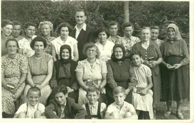 1956 augusztus tordasiak Bakonycsernyén - small